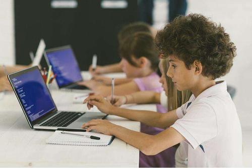 少儿编程网课平台哪个好
